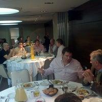 Photo taken at Howard Johnson Hotel La Cañada by Fernando A. on 5/29/2012