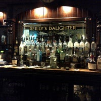 Photo prise au Reilly's Daughter Irish Pub par Cristobal O. le9/2/2012