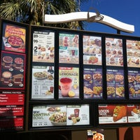 Photo taken at Taco Bell by Demetrio M. on 8/30/2012