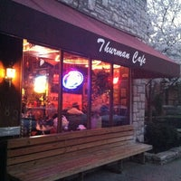 Photo prise au The Thurman Cafe par Eric A. le3/19/2012