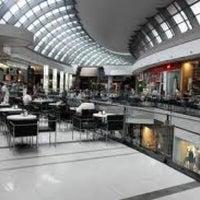 Foto tomada en Alto Palermo Shopping por Ozgur Y. el 3/9/2012
