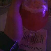 Das Foto wurde bei pepe cocktailbar von Alex S. am 7/4/2012 aufgenommen