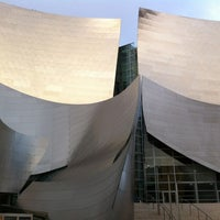 Photo taken at Walt Disney Concert Hall Cafe by Drewton on 4/5/2012