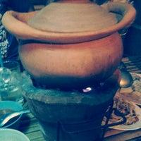 Photo taken at ร้านอาหาร ลาบเป็ดบ้านไผ่ อ่อนนุช 46 by Nacarate H. on 8/23/2012