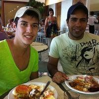 Photo taken at Portal Restaurante by Túlio C. on 5/6/2012