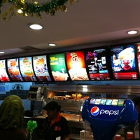 Photo taken at KFC & Pizza Hut Subang 2 by Abd Wahid on 8/23/2012
