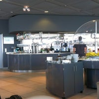Foto tirada no(a) Lufthansa Business Lounge / Tower Lounge (Non Schengen) por Tanner S. em 8/8/2012