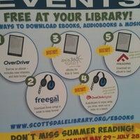 7/9/2012 tarihinde Maria L.ziyaretçi tarafından Scottsdale Public Library - Palomino'de çekilen fotoğraf