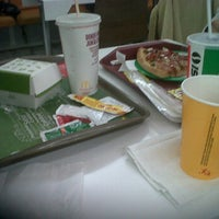 Photo taken at Fast Food Plaza Arcos by Palmira D. on 1/24/2012