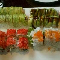 Foto tirada no(a) Sushi O Bistro por Crash Gregg em 11/5/2011