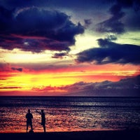 Photo taken at Kā'anapali Beach by Kenny B. on 6/24/2012