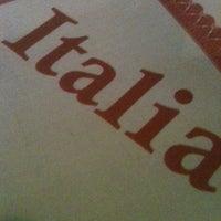 รูปภาพถ่ายที่ Marino's Pizza and Pasta House โดย IKKYU เมื่อ 7/26/2011