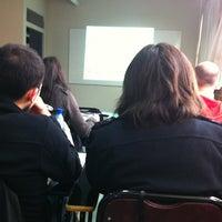 Foto tomada en Sede Tecnología Médica y Fonoaudiología - Universidad de Valparaíso por Gaby A. el 5/12/2012