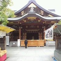 Photo taken at Yushima Tenmangu Shrine by Toyohiko Y. on 4/19/2012