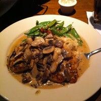 Das Foto wurde bei The Keg Steakhouse + Bar von Alexis G. am 1/22/2011 aufgenommen