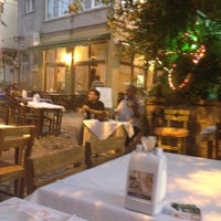 Photo taken at Fofo & Engin by Nilüfer O. on 8/15/2012