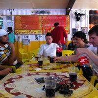 Foto tirada no(a) Komilão Lanches por Éderson P. em 8/24/2012