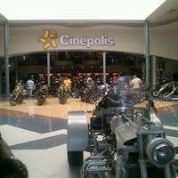 Foto tomada en Plaza El Patio por Fer C. el 5/26/2012