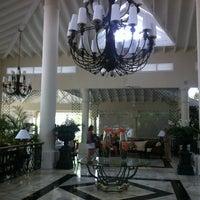 Photo taken at Luxury Bahia Principe Esmeralda Don Pablo Collection by Lilia D. on 4/25/2012