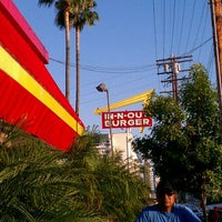 Photo taken at In-N-Out Burger by Droeee L. on 9/12/2011