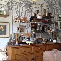 Foto scattata a The Random Tea Room da Dalia G. il 6/15/2012
