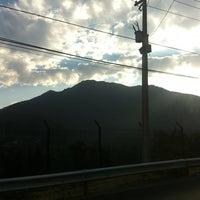 Foto tirada no(a) Camino A Farellones Km.0 por Leonardo Z. em 2/16/2012