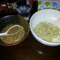 Photo taken at 麺屋 やま昇 by Hiroyuki T. on 12/1/2011