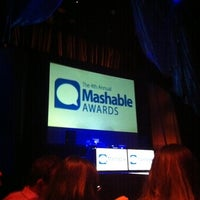 Photo taken at Mashable Awards Gala at Cirque du Soleil Zumanity by toshio k. on 1/7/2011