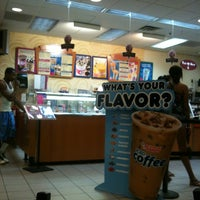 Photo taken at Dunkin Donuts by Ufuk A. on 7/5/2012
