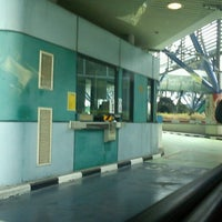 Photo taken at Woodlands Checkpoint (Causeway) by Roro P. on 8/21/2012
