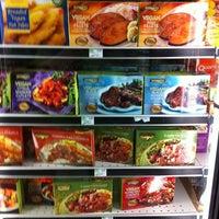 Foto scattata a Whole Foods Market da Nick M. il 7/5/2012