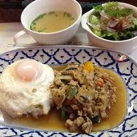 Photo taken at タイ料理レストラン トムヤムクン by Narasan on 7/7/2012