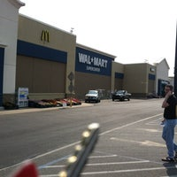 Photo taken at Walmart Supercenter by Larry F. on 5/26/2012