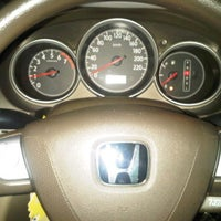 Photo taken at Honda Permata Hijau Automegah by DidiTH Ad! W. on 10/28/2011