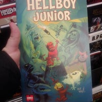 1/23/2012 tarihinde Stuart B.ziyaretçi tarafından Comics Dungeon'de çekilen fotoğraf