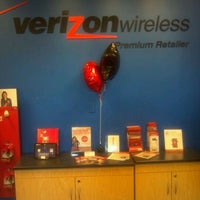 Photo taken at GoWireless Verizon Authorized Retailer by MR'new M. on 1/6/2012