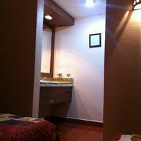 Foto tomada en Hotel Maela por Herzent B. el 11/5/2011
