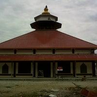 Photo taken at masjid BUYA HAMKA by Erlangga W. on 7/31/2012
