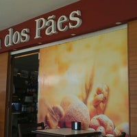 Photo taken at Vila dos Pães by Vincis W. on 3/17/2012