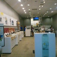 Photo taken at Sprint Store by Taric A. on 8/27/2011