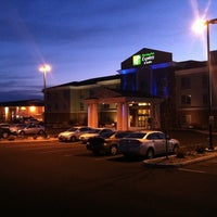 Photo taken at Holiday Inn Express & Suites Moses Lake by Matt L. on 3/20/2011