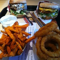 Photo taken at The Habit Burger Grill by Danny H. on 8/12/2011