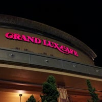 8/5/2012にMichael M.がGrand Lux Cafeで撮った写真