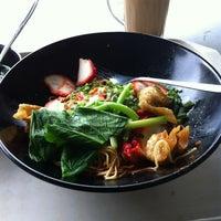 Photo taken at Mr Teh Tarik Eating House by USOP's on 4/3/2012