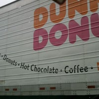 Photo taken at Dunkin Donuts by Nicole R. on 3/21/2012