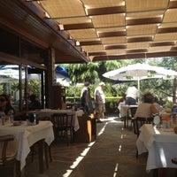 8/21/2012 tarihinde Doruk Ç.ziyaretçi tarafından Hanedan Restaurant'de çekilen fotoğraf