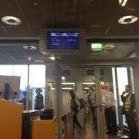 Photo taken at Gate C6 by Ufaz B. on 4/10/2012