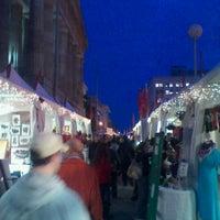 Foto tomada en Downtown Holiday Market por nicky w. el 12/22/2011