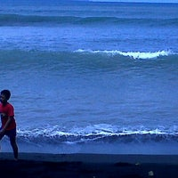 Photo taken at Pantai Surabaya by Agoes R. on 2/27/2011