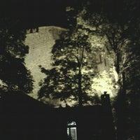Foto diambil di Castello di Zavattarello oleh Sara F. pada 8/15/2012